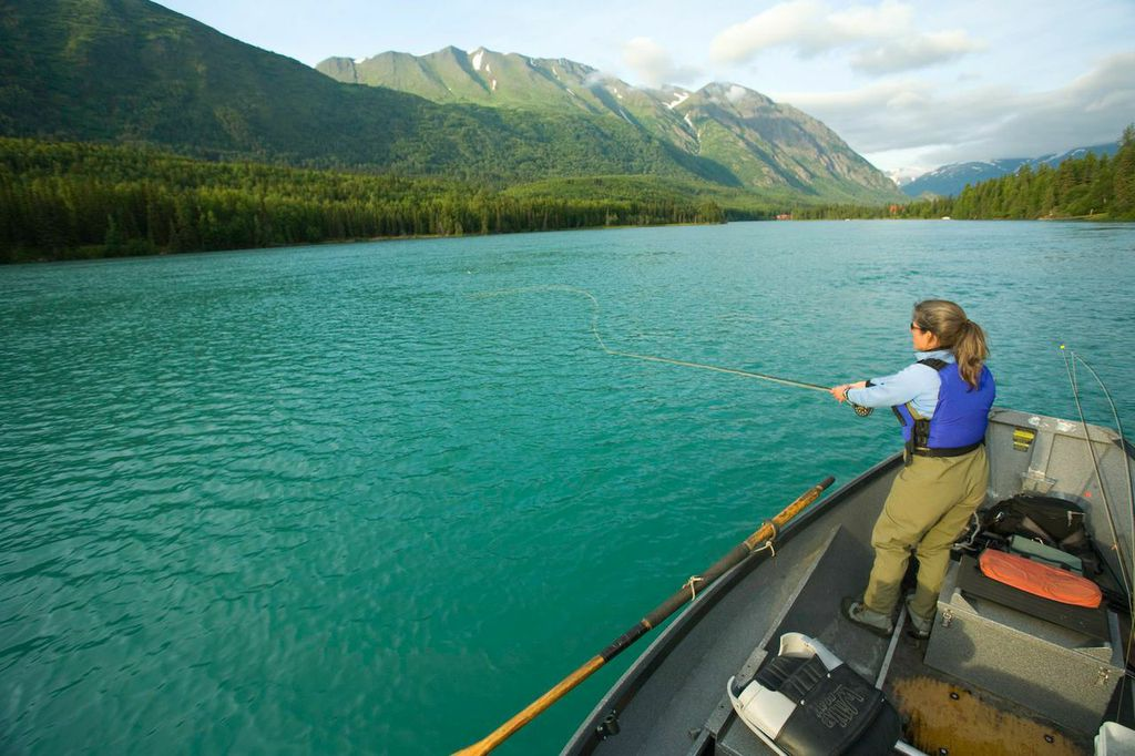Kenai River Fishing – Kenai River Fishing Trips for Salmon ...